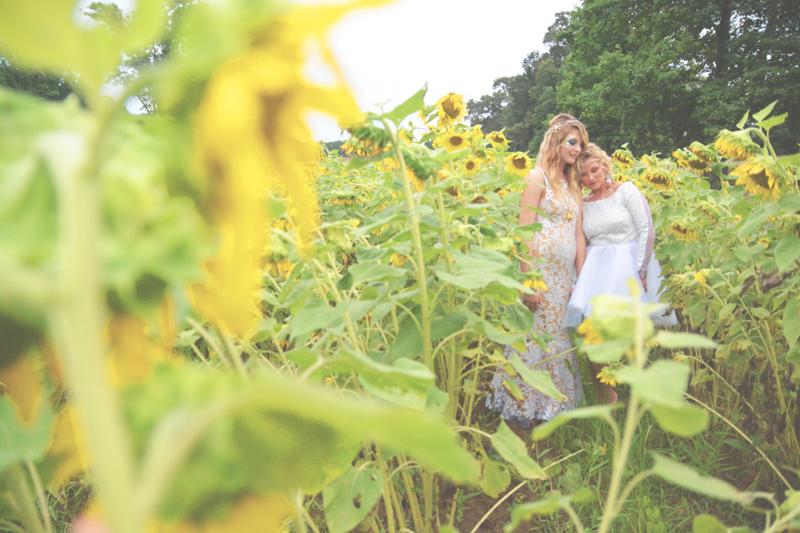 Same Sex Sunflower Field Wedding - Brooke + Cheyenne Elopement Picnic - Six Hearts Photography 52
