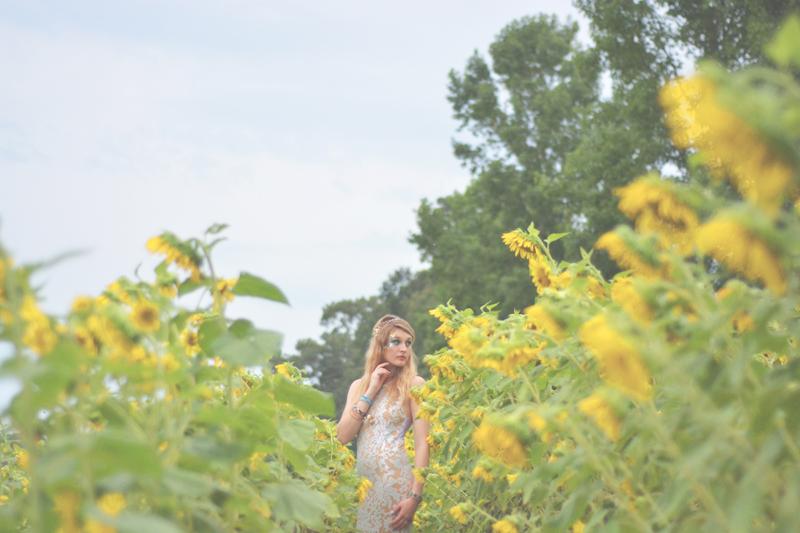 Same Sex Sunflower Field Wedding - Brooke + Cheyenne Elopement Picnic - Six Hearts Photography 68