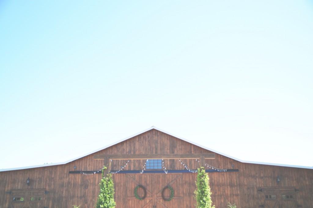 The Wright Farm Wedding Photography - Six Hearts Photography01