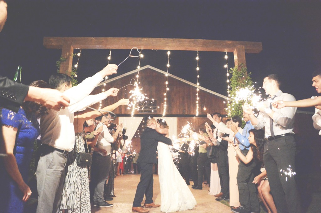 The Wright Farm Wedding Photography - Six Hearts Photography29