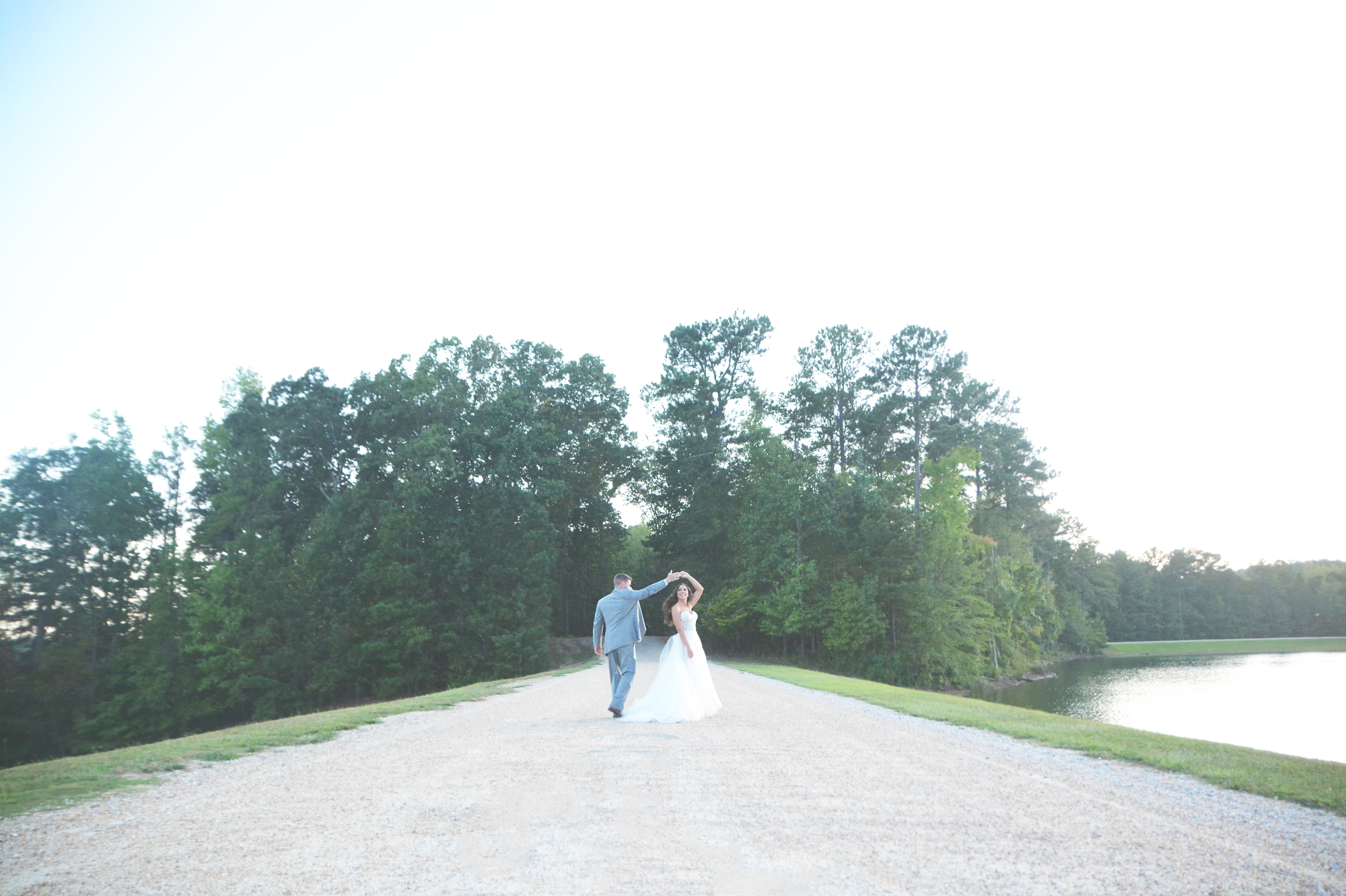 atlanta-legacy-lookout-at-foxhall-resort-wedding-six-hearts-photography003