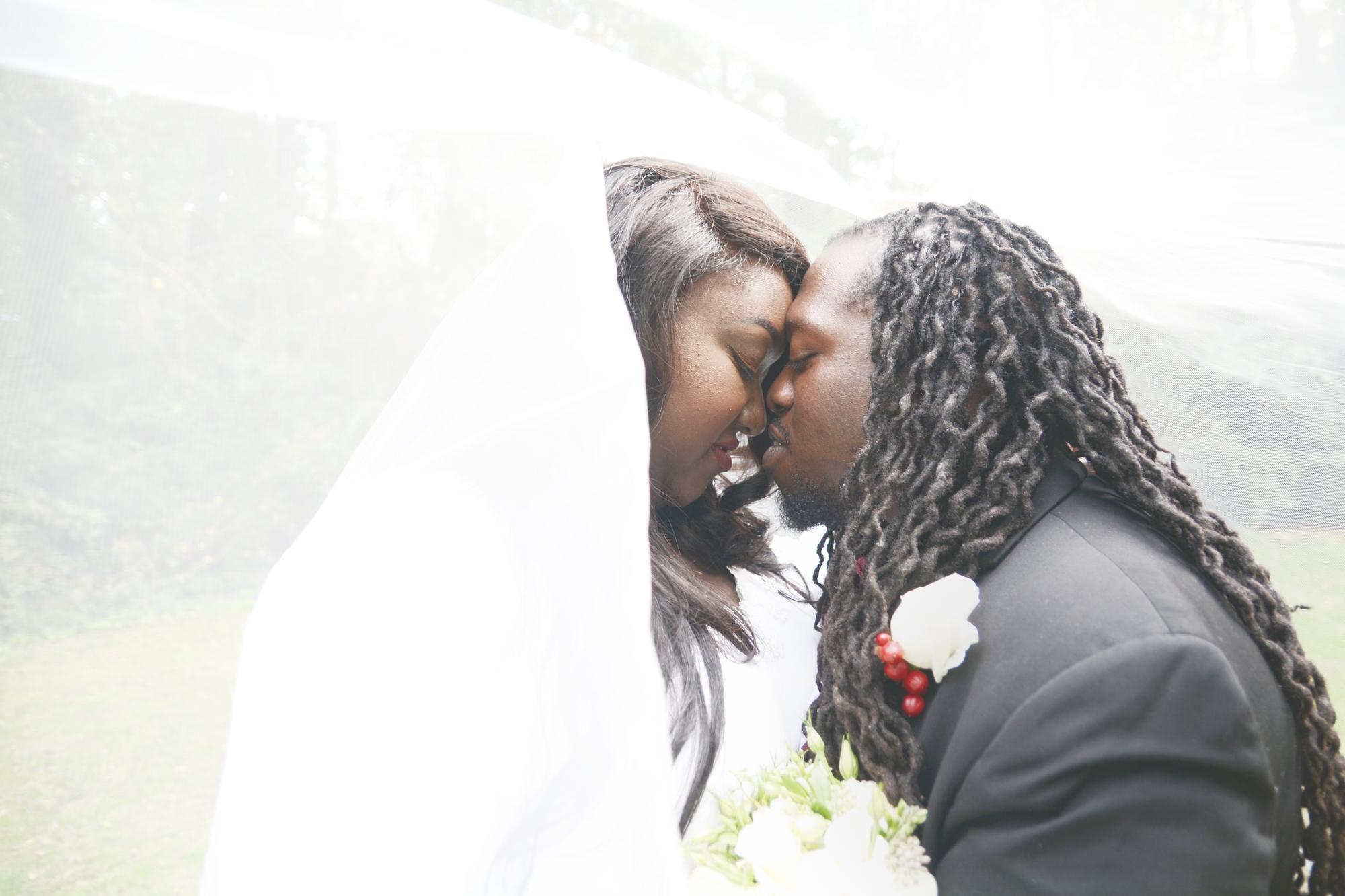 fairfield-clubhouse-oxblood-amethyst-wedding-six-hearts-photograpgt020