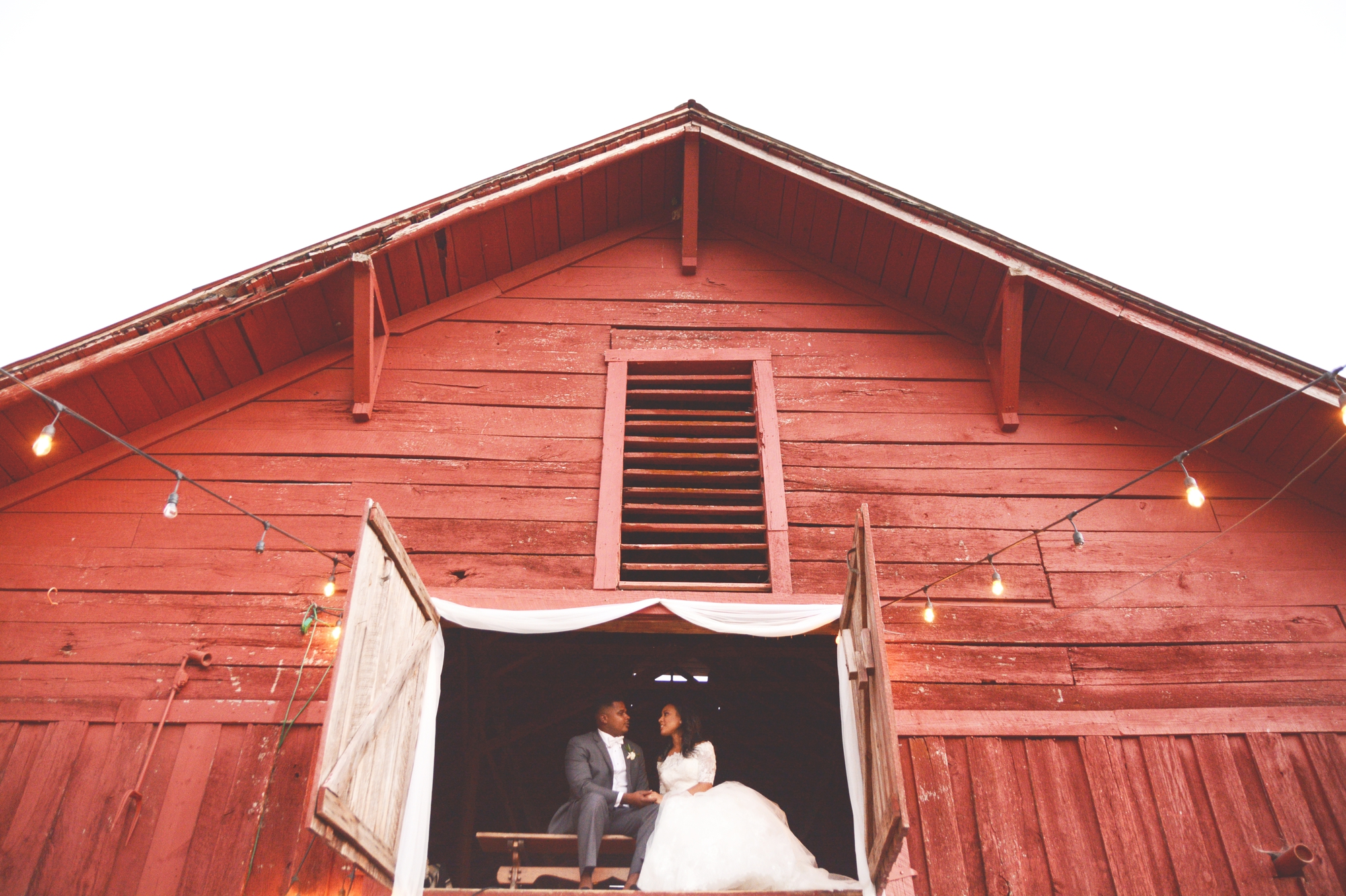 mountain-laurel-farm-wedding-six-hearts-photography037