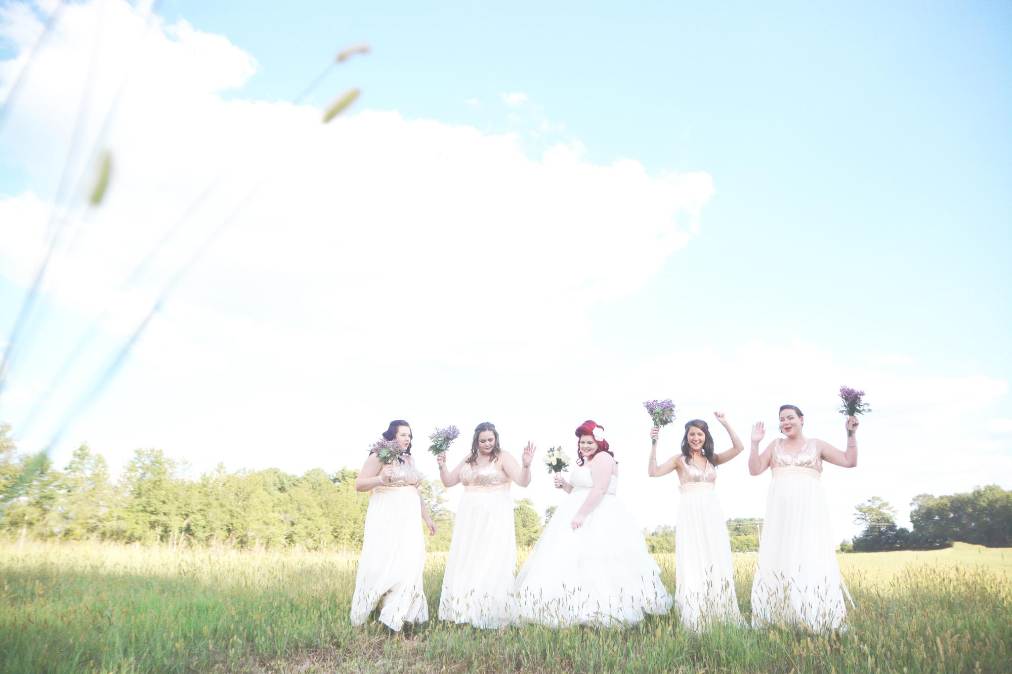 the-red-tin-barn-wedding-six-hearts-photography050