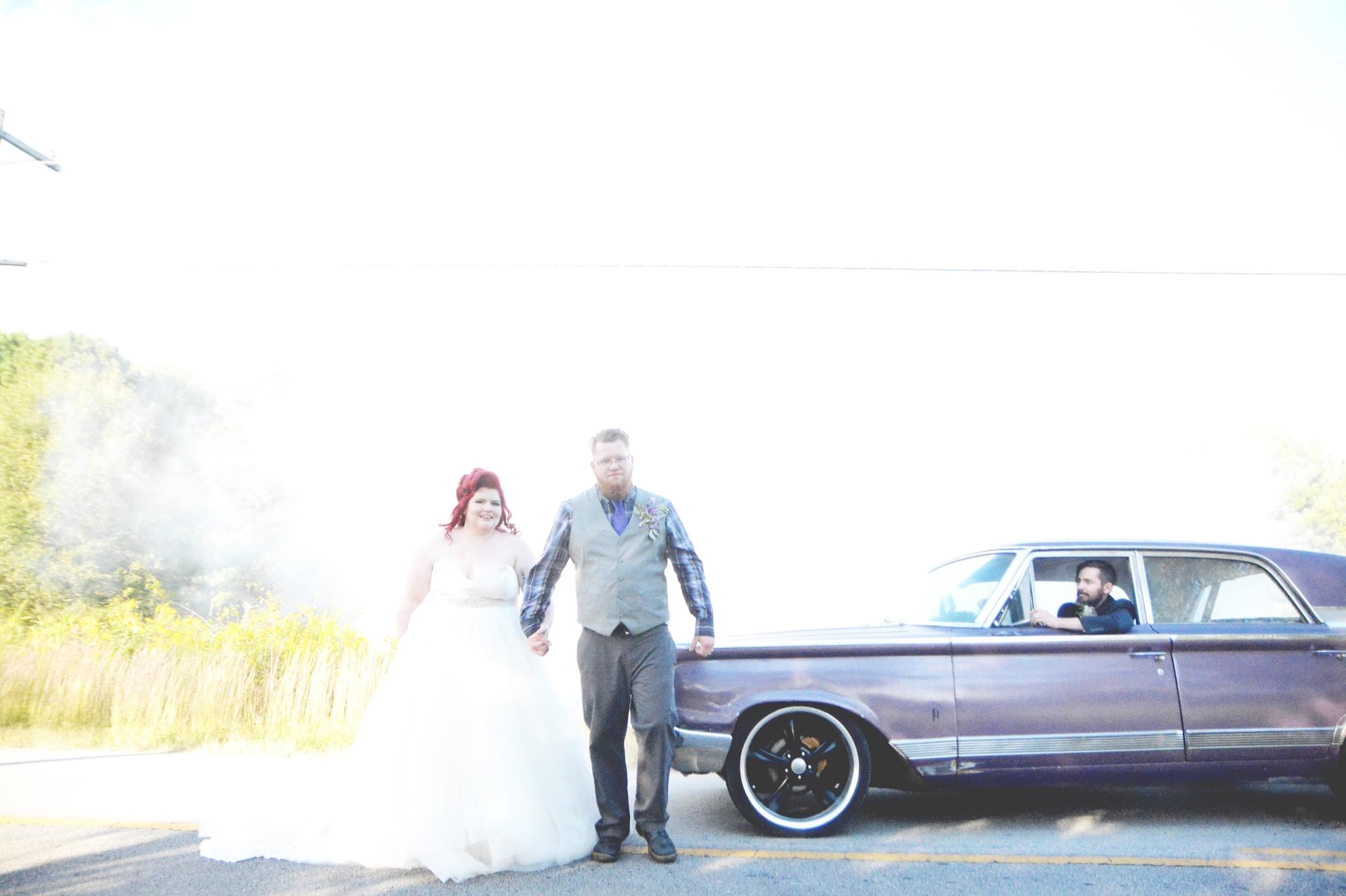 the-red-tin-barn-wedding-six-hearts-photography074