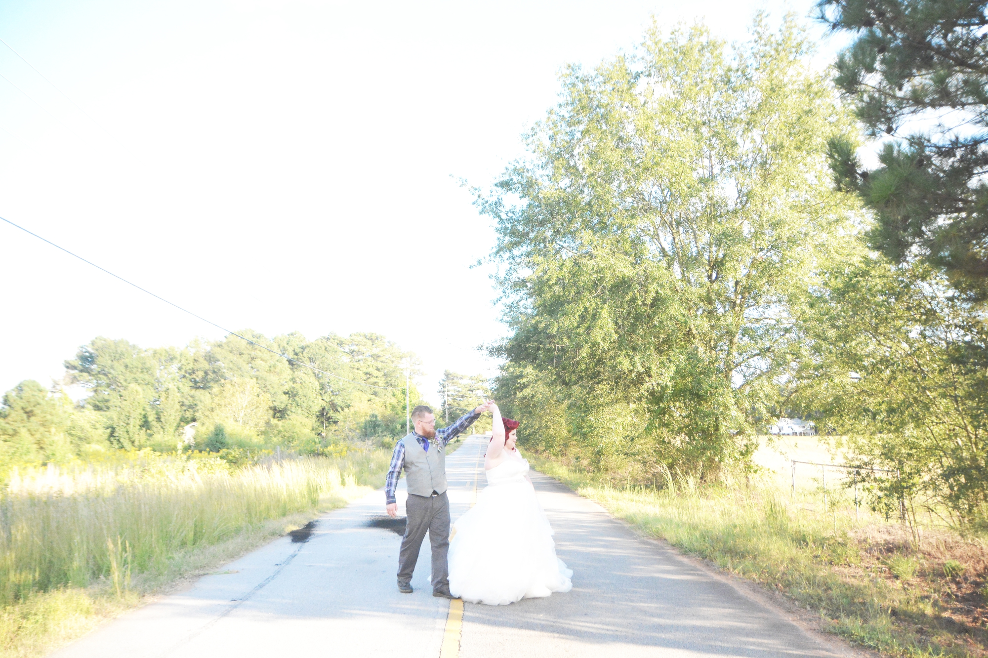 the-red-tin-barn-wedding-six-hearts-photography075