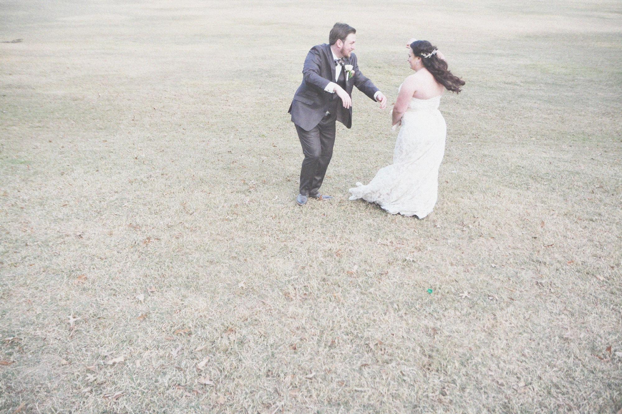wedding-at-park-tavern-at-piedmont-park-six-hearts-photography035