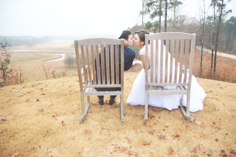 legacy-lookout-foxhall-resort-rainy-day-wedding-six-hearts-photography021