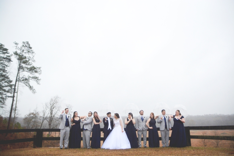 legacy-lookout-foxhall-resort-rainy-day-wedding-six-hearts-photography042