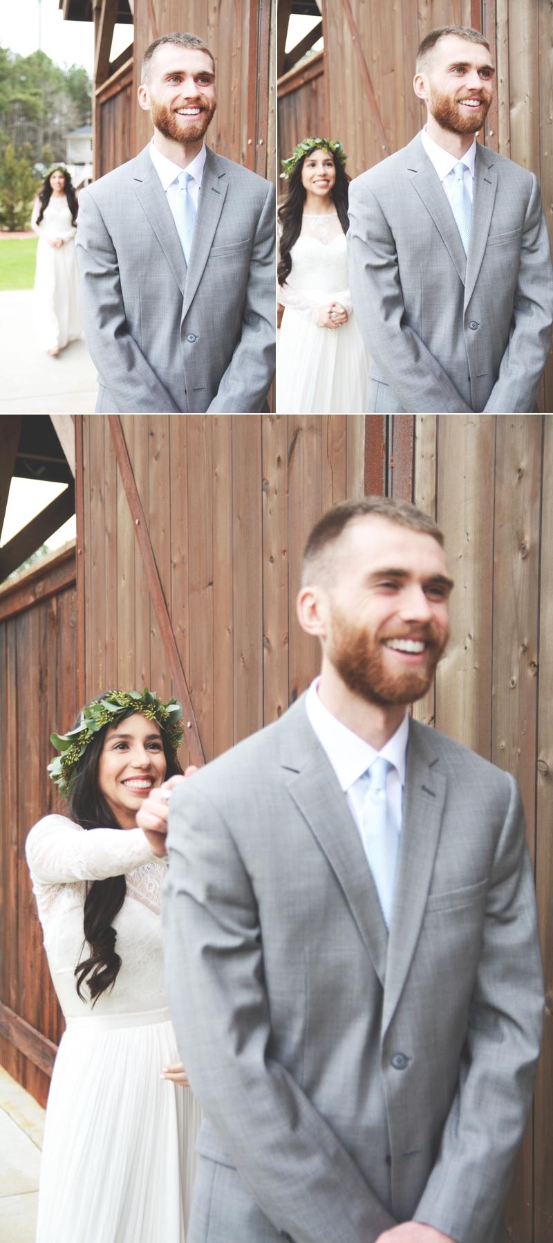 Wedding at The Barn at Oak Manor - Six Hearts Photography012
