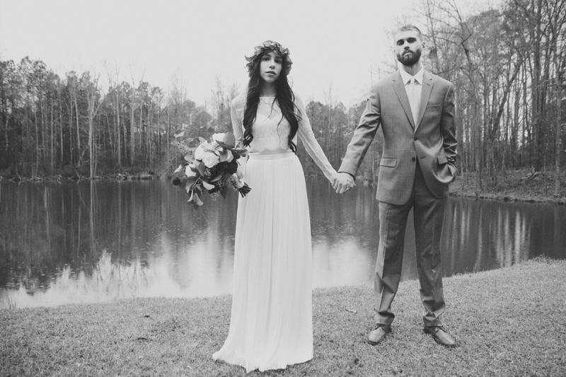 Wedding at The Barn at Oak Manor - Six Hearts Photography017