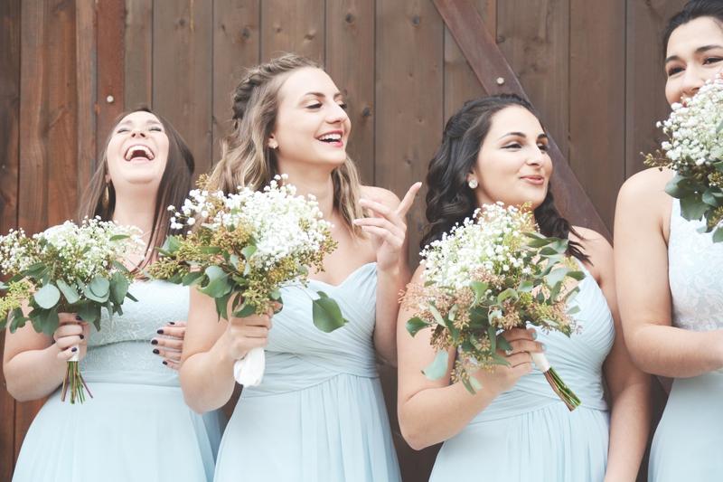 Wedding at The Barn at Oak Manor - Six Hearts Photography033