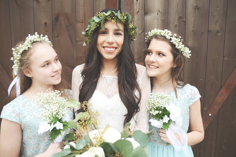 Wedding at The Barn at Oak Manor - Six Hearts Photography035