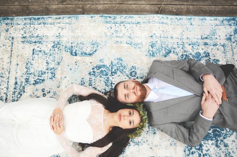 Wedding at The Barn at Oak Manor - Six Hearts Photography041