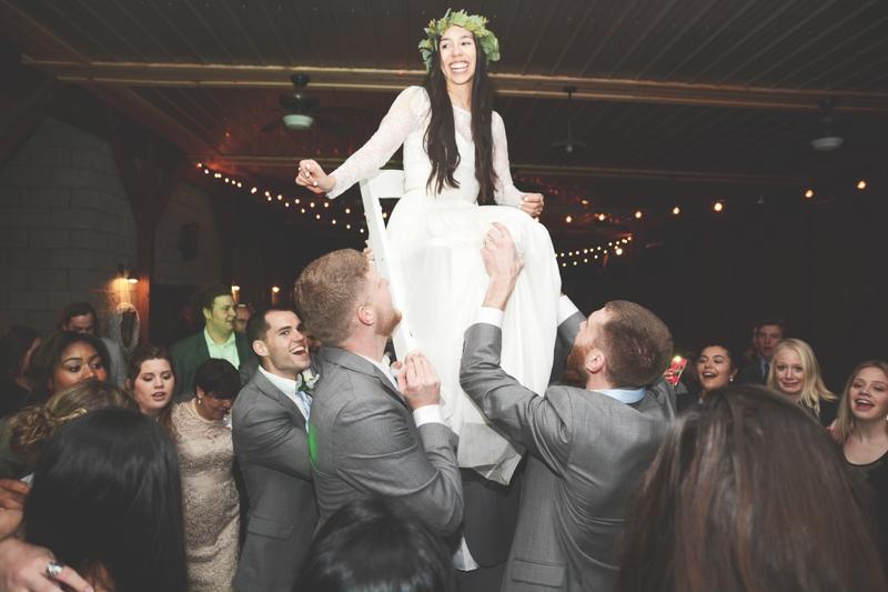 Wedding at The Barn at Oak Manor - Six Hearts Photography064